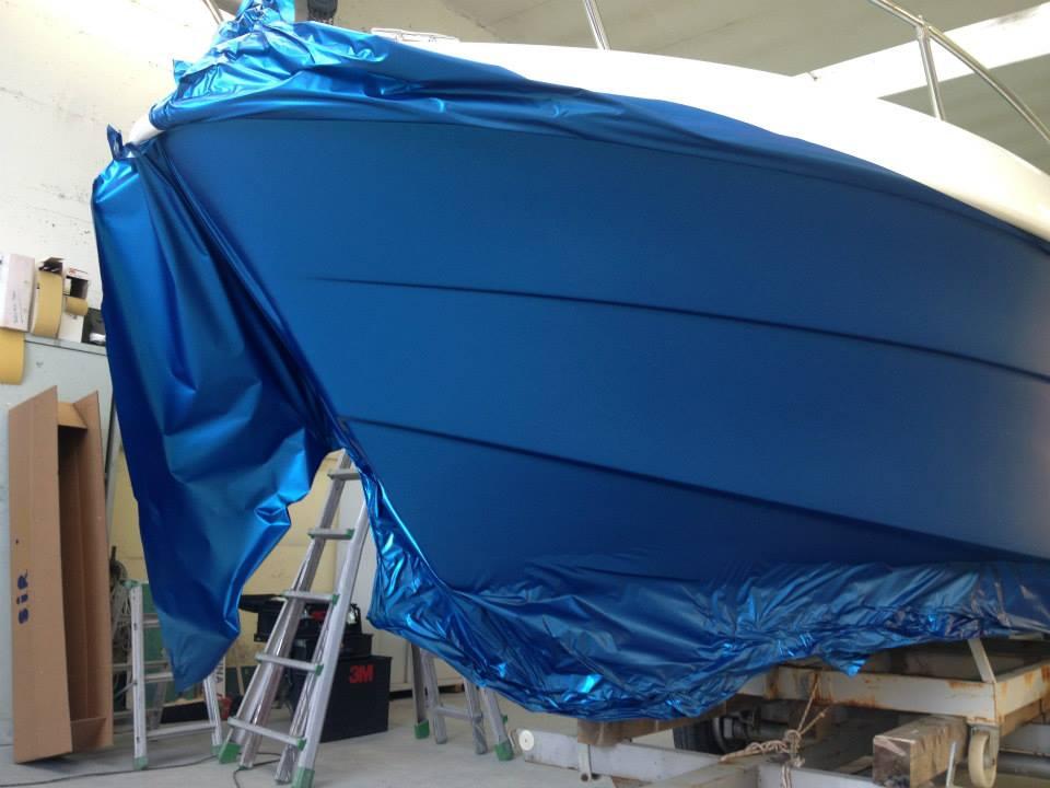 Rivestimento scafo barca decoro e arredo for Arredo barche