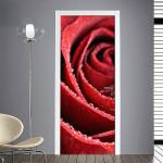 Adesivo per porta con rosa bagnata di rugiada