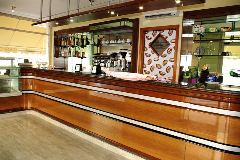 Come rivestire un bancone bar decoroearredo for Usato bancone bar
