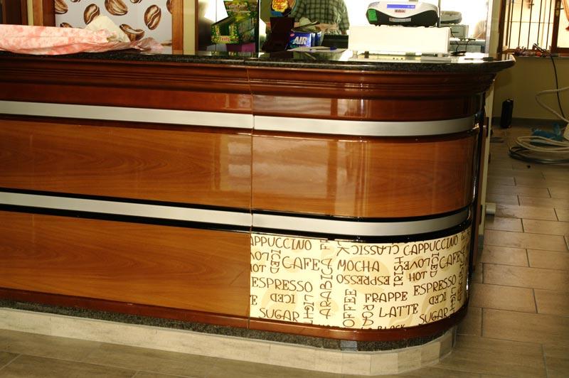Rivestimenti adesivi per la decorazione for Banconi bar usati prezzi