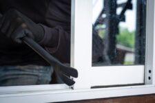 Sistemi di sicurezza per finestre sistemi meccanici ed eletronici